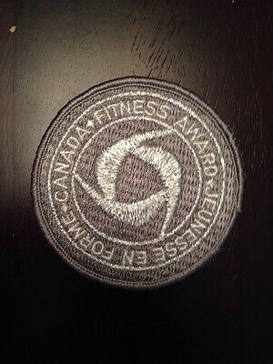 """New Vintage Canada Fitness Award Sew On Patch 3"""" Silver"""
