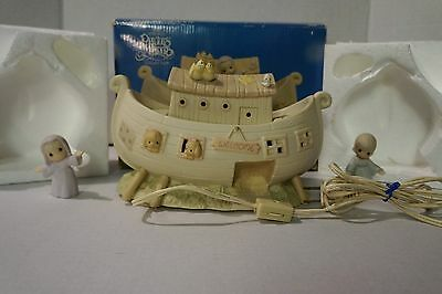 Precious Moments - Noah's Ark - Night Light Two By Two 530042