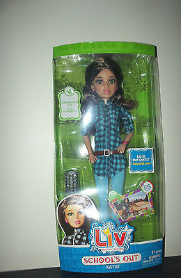 Liv Doll Schools Out Katie Boxed 2010 Spinmaster - Retired Articulated Brown Wig