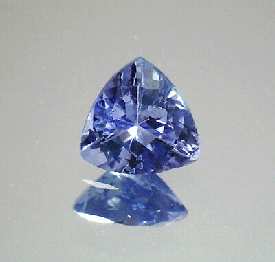 Brillante Tanzanite Naturale Intrattata  In Blister Ct. 0,98 Vs Vvs Trillion