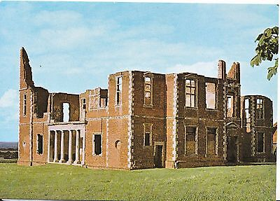 Bedfordshire Postcard - Houghton House - Ampthill - View from South-West   BB104