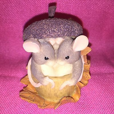 """"""" Acorn Built For Two""""  Charming Tails  Figurine by Fitz & Floyd - Dean Griff"""