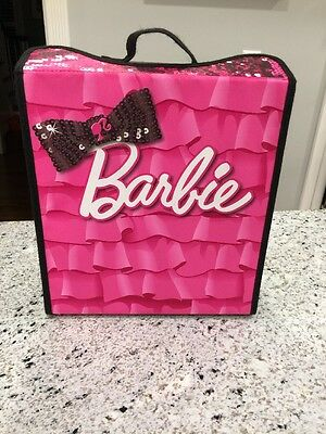 Neat-Oh BARBIE DOLL Fashion Show Dressing Room & Runway Carry Case A1518XX