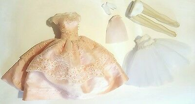 """Tonner Tiny Kitty """"maid Of Honor"""" Outfit Mint And Hard To Find"""