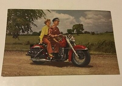 VINTAGE 1940's HARLEY DAVIDSON BIG TWIN MOTORCYCLE POSTCARD UNUSED