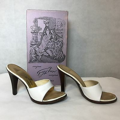 Vintage 1970s White Leather Kitten Mules High Heels Shoes Giggi Fassi w/ box 7