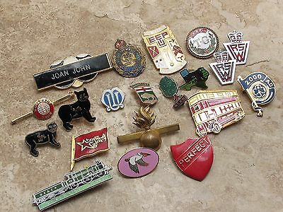 Lot Of 20 Mixed Vintage Badges