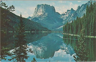 Square Top Mountain over Green River Lake in Wyoming's Bridger Wilderness Area