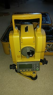 Topcon GPT 1003 Total Station reflectorless
