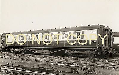 LNER Corridor 3rd Carriage E12675E Photo by REAL PHOTOGRAPHS of Broadstairs