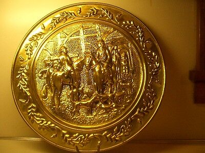 "Vintage 15"" Brass Decorative Wall Hanging Plate Horses Hunting Fox Hunt England"
