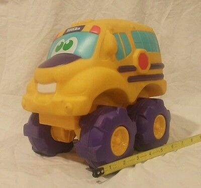 School Bus Playskool Tonka Cushy Cruiser Wheel Pals Cuck