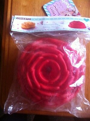 Ernesto Red Valentines Day Rose Shaped Silicone Large Baking Mould