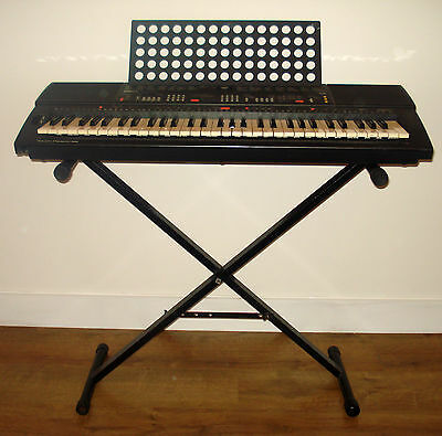 YAMAHA PSR-400 Touch Sensitive Keyboard with Pedal and Stand