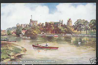 Berkshire Postcard - Windsor Castle From The River Thames   RS202
