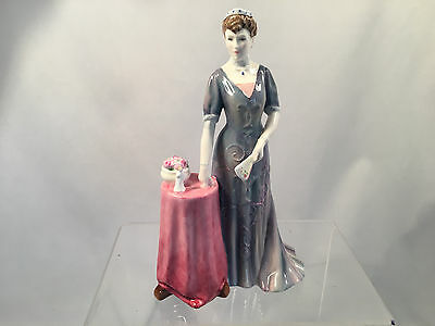 Royal Doulton Figurine Queen Mary HN4900 Mint Condition LE in 2006