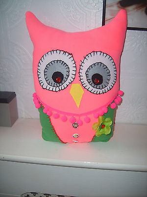 "Large Pink Ultra Soft ""owl Cushion"" For Decoration Brand New"