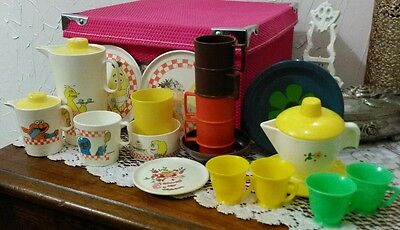 ! Vintage name brand childrens play kitchen toys mixed lot