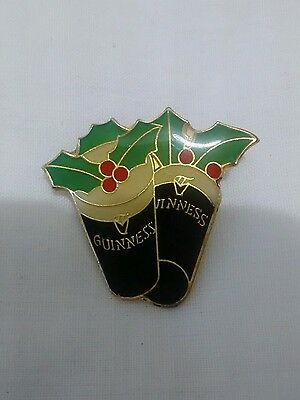 VINTAGE Guinness Glasses & Holly Enamel Christmas Button Pin Badge VGC