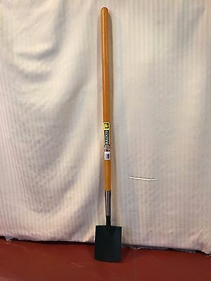 Bulldog Garden Tools - Long Handle Shrubbery Spade