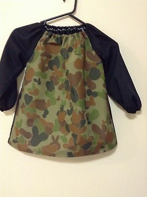 Kids Camo  Art Smock 10-12 With Plastic Coating On Front