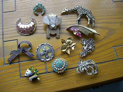 Job lot 12 vintage/modern costume brooches. All spare and repair only.