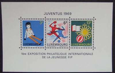 Luxembourg 1969 SG MS835  Sc 474 MNH Juventus Children Doll Book  combined post