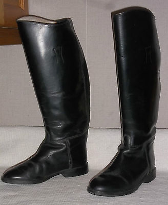 Size 6 WIDE calf Regent leather boots, ZIP back. Show or hunt..Lovely condition