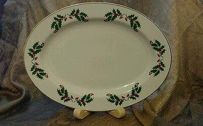 """R. H. Macy 1987 All the Trimmings Oval 14-1/2"""" Platter Plate Holly 523010Holiday"""