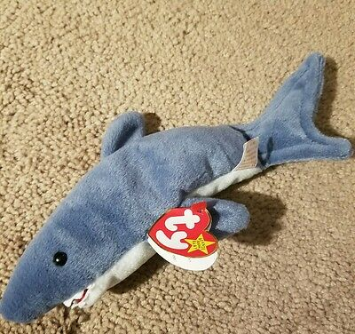 Ty Beanie Baby ~ CRUNCH the Shark ~ MINT with MINT TAGS ~ RETIRED