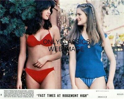 1982 Fast Times At Ridgemount High Photo Sexy Phoebe Cates, Jennifer Leig Bikini