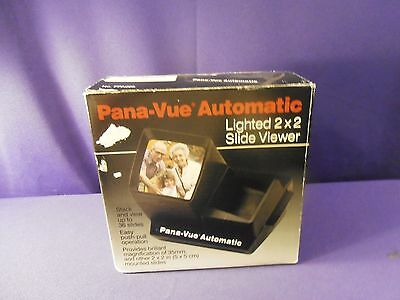 Vintage GAF Pana-Vue Automatic Lighted 2 x 2 Slide Viewer in Original Box FPA005