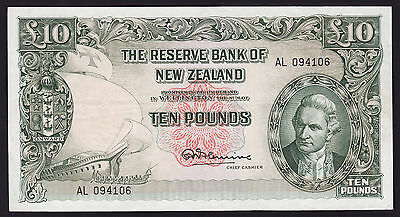 New Zealand Ten Pound Banknote R N Fleming 1956-67 P-161d with security thread