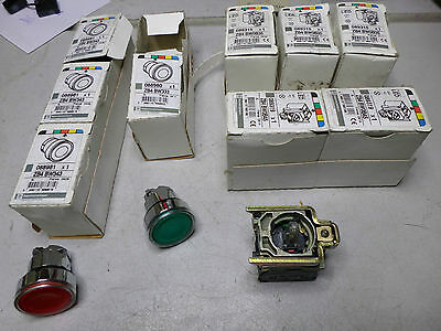 Telemecanique - Bulk Lot - Illuminated Led Pushbuttons Red + Green - Zb4 Bw0B35