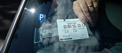 Tikettak - Car windscreen permit and ticket holder - Avoid parking fines 2-pack