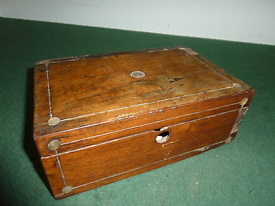 23 x 15 x 8.5cm Walnut? Veneered Wooden Lidded Box with Mother of Pearl inserts