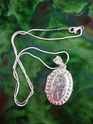 VINTAGE EDWARDIAN STYLE STERLING SILVER LOCKET and FINE CHAIN