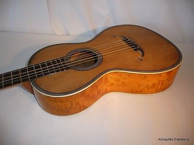 Guitare Aubry Maire A. Mirecourt vers 1920