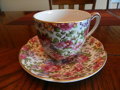 House of Claridge Cup & Saucer Heavy Floral Pattern Gold Trim England