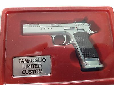 Escala 1/2,5 Arm064 Pistola Tanfoglio Limited Custom