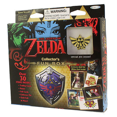 Enterplay - Legend of Zelda Trading Cards - COLLECTOR'S FUN BOX (Triforce Pin)