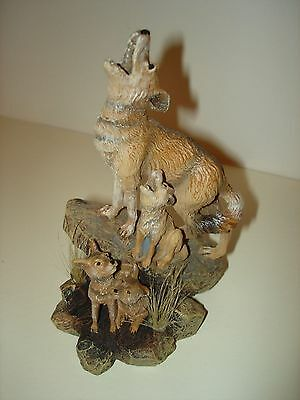 Coyote Figurine     American Legacy    Desert Heritage Collection
