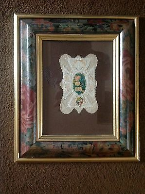 Framed Victorian lace Valentine card