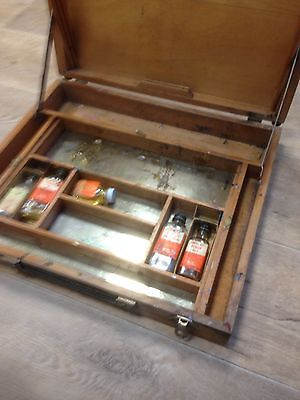 """Large (18"""") Vintage Pochade box (oils Or Acrylics Painting) Winsor and  Newton."""