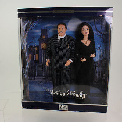 Mattel - Barbie Doll - 2000 The Addams Family Barbie Giftset *NM Box*