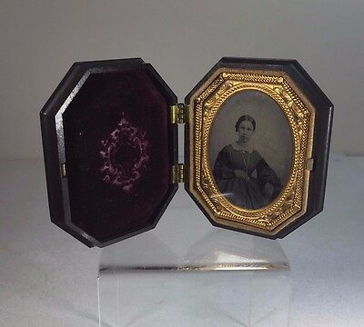 Ambrotype 9th Plate Photo Mulatto Girl Thermoplastic Chess Game Case c1860 VG