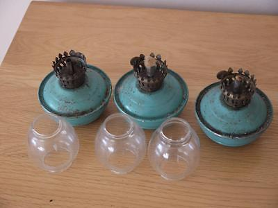 3 Rare Working Matching Antique Circular Paraffin Lamps With Glass Shades