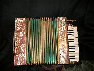 Piano Accordion,  Roestti VINTAGE