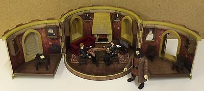 Harry Potter Gryffindor Common Room Playset With Figures Accessories Ron Hagrid