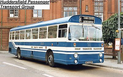 Photograph BUS PICTURE Great Yarmouth 81